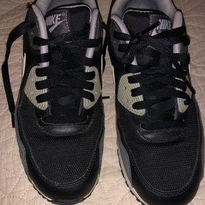 Nike Air Max Essential Black White Gray size 7.5
